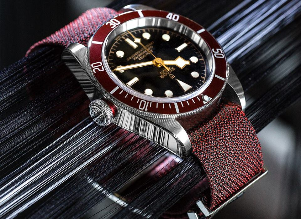 0ced1e08751 This watch has taken its inspiration from six decades of TUDOR diving  history