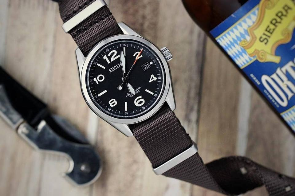 Seiko paired with our brown WB Original Nato Strap captured by @watchexposure
