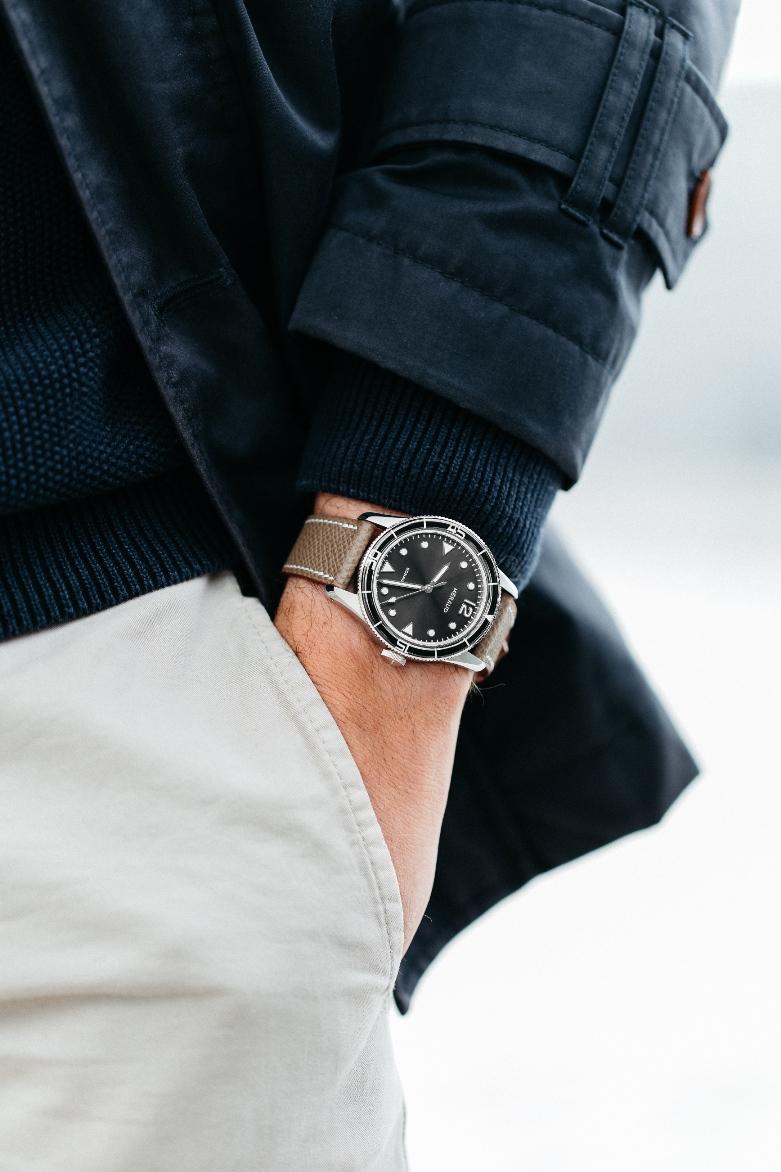 Méraud Watch Co. pocket shot