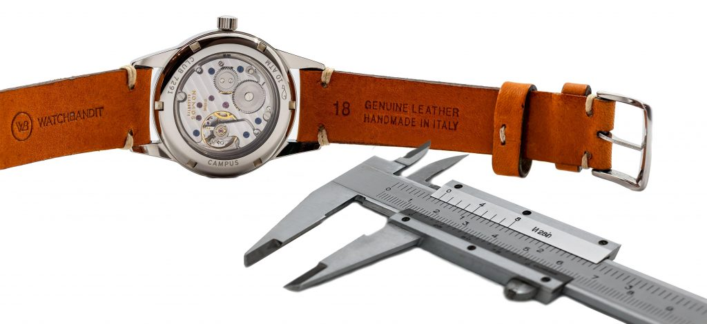 Lug width measuring Nomos Club 18mm vintage leather strap