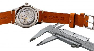 Lug width measuring Nomos Club 18mm vintage leather strap