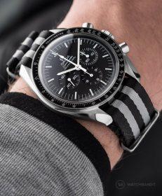 "Omega Speedmaster Professional Black/Grey striped ""Bond"" Wristporn Edition NATO strap"