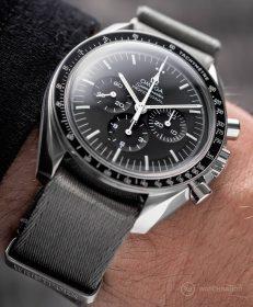 Omega Speedmaster Professional Grey Wristporn Edition NATO strap
