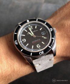 Spinnaker Fleuss SP-5055-02 grey suede leather strap by WatchBandit