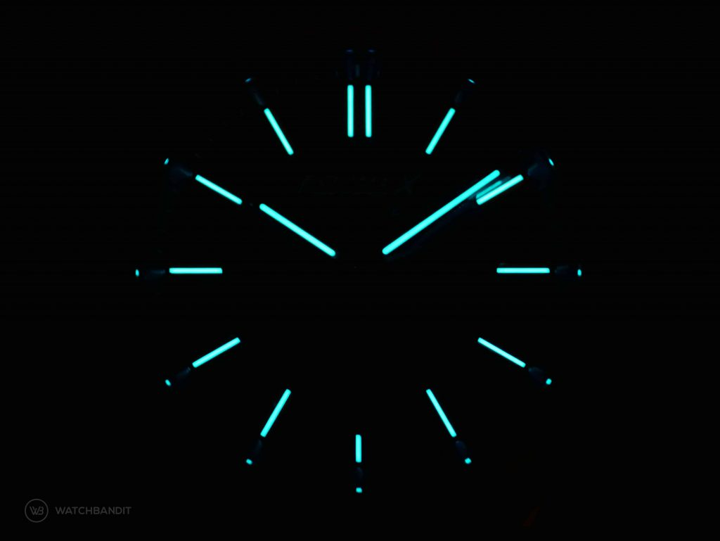 Formex Essence Chronometer Lume Shot