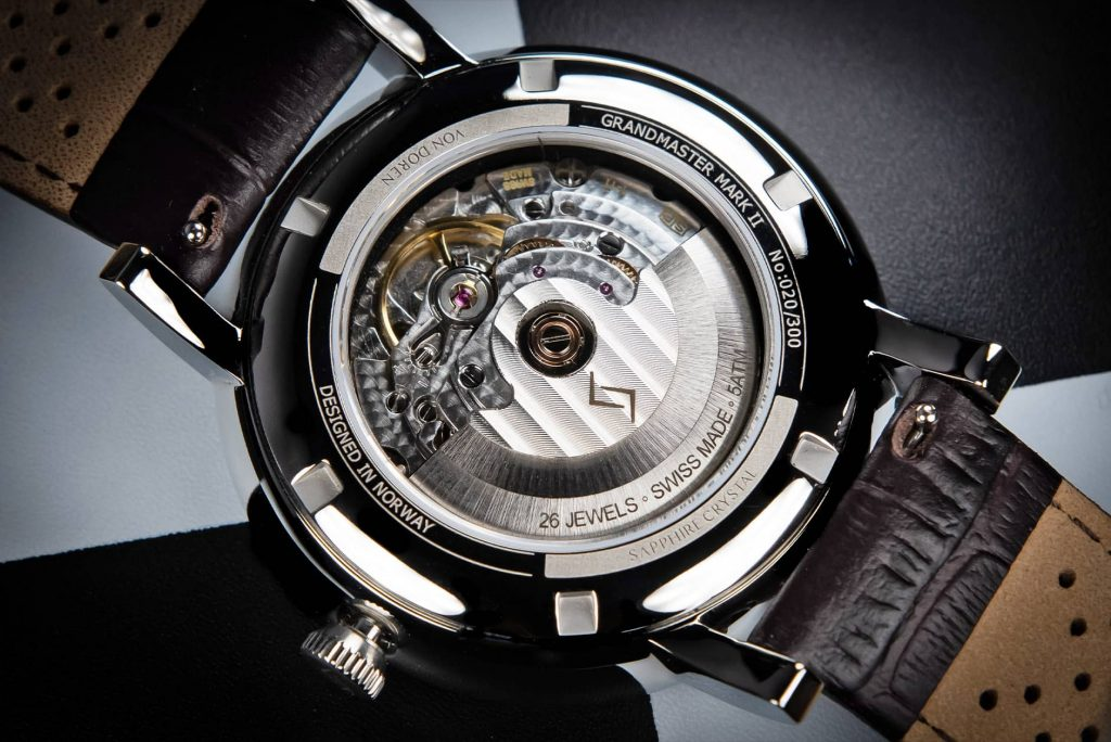 Von Doren Grandmaster Mark II case back movement