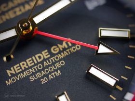 Meccaniche Veneziane Nereide GMT PVD Watchbandit close up GMT hand