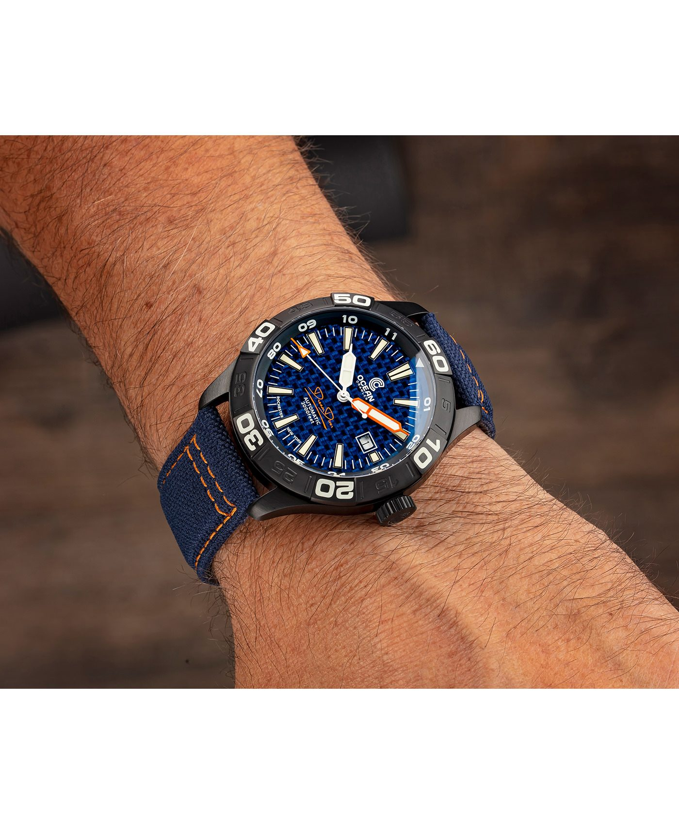 WB Ocean Crawler Dream Diver Blue Carbon Fiber DLC wrist