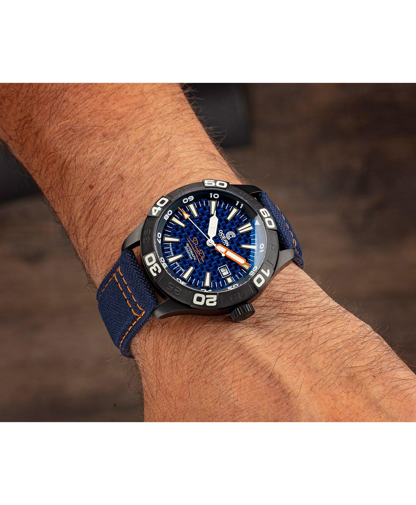 WB Ocean Crawler Dream Diver Blue Carbon Fiber DLC wrist