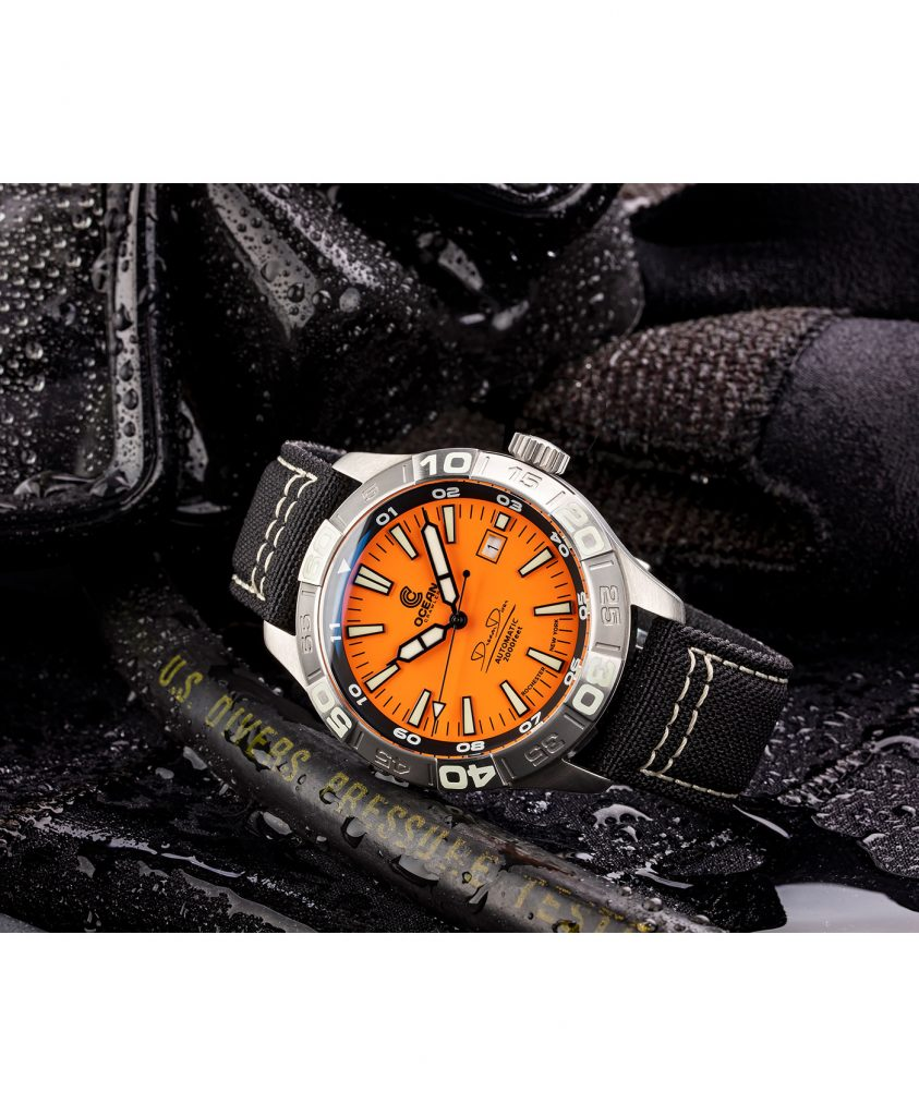 WB Ocean Crawler Dream Diver Dream Diver Orange Dial mood