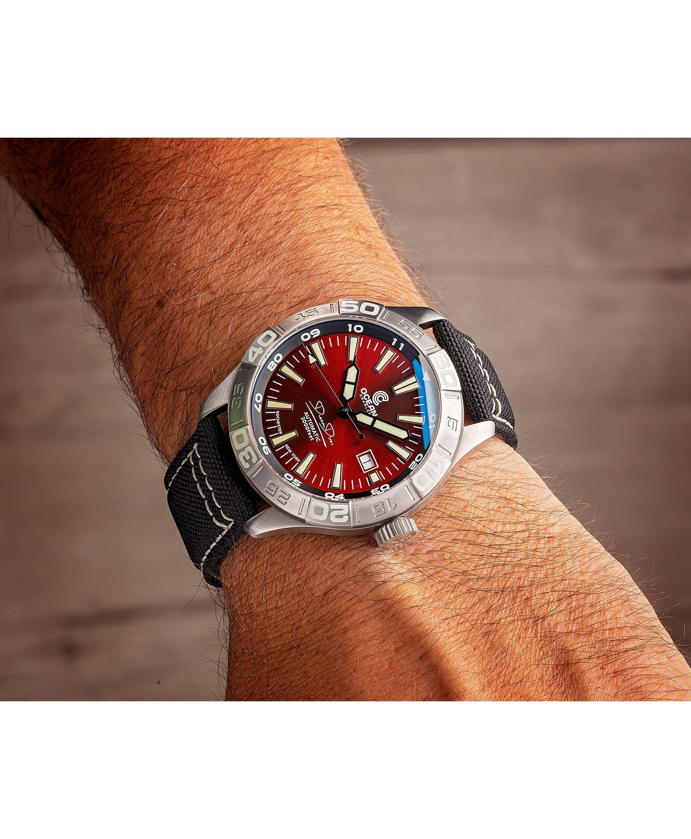 WB Ocean Crawler Dream Diver Dream Diver Red Dial wrist