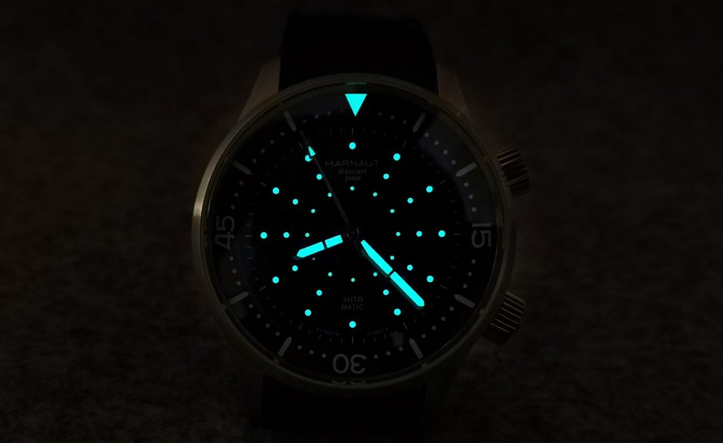 Marnaut Seascape 200M lume shot superluminova
