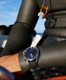 Marnaut Seascape free diver wrist shot