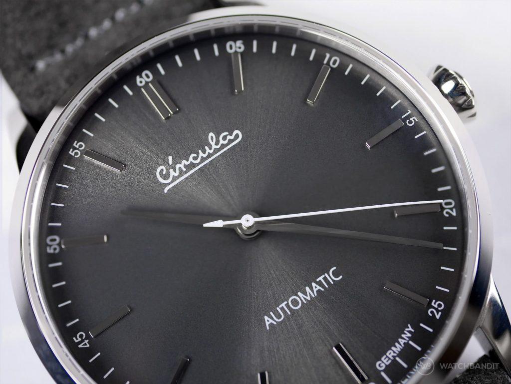 Circula Circula Classic Automatic Anthracite dial close up watchbandit