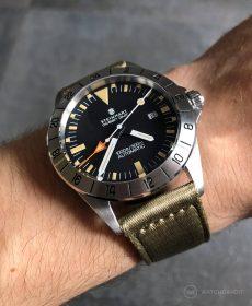 Steinhart Ocean Vintage GMT Strap guide beige two-piece NATO