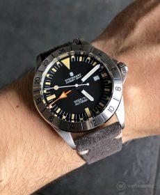 Steinhart Ocean Vintage GMT Strap guide dark grey suede leather