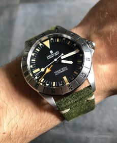 Steinhart Ocean Vintage GMT Strap guide green suede leather