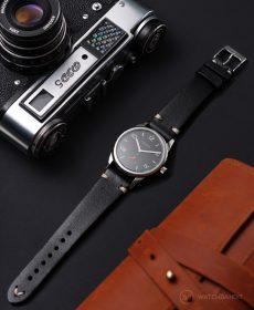 NOMOS Club Campus dunkel black vintage leather strap