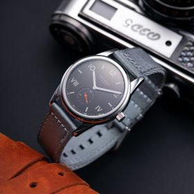 NOMOS Club Campus dunkel grey two piece NATO strap Wathcbandit