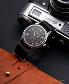 NOMOS Club Campus dunkel premium black NATO strap Watchbandit