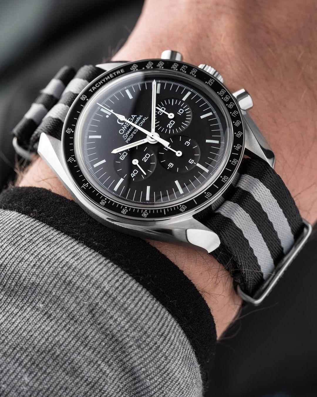 wristporn nato strap on omegar speedmaster by watchddictedwristporn nato strap on omegar speedmaster by watchddicted