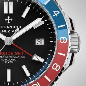 Mechanicce Veneciane GMT Function bezel close up
