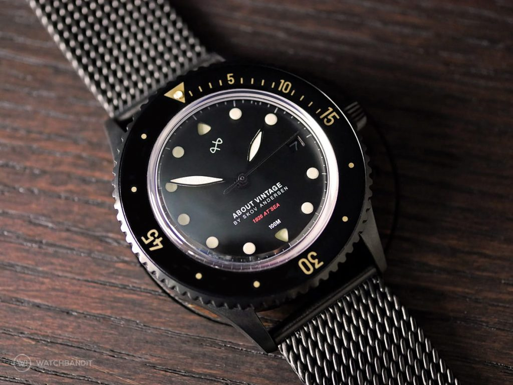 About Vintage 1926 All Black Automatic
