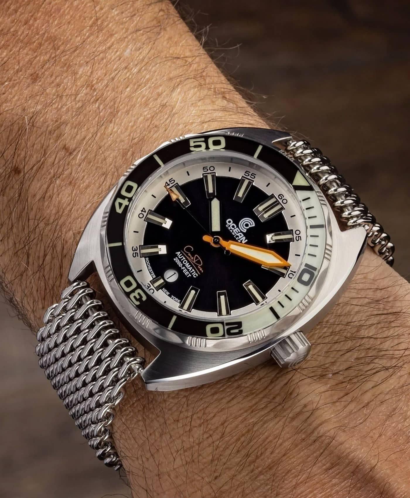 Ocean Crawler Core Diver Black White v3 wrist shot
