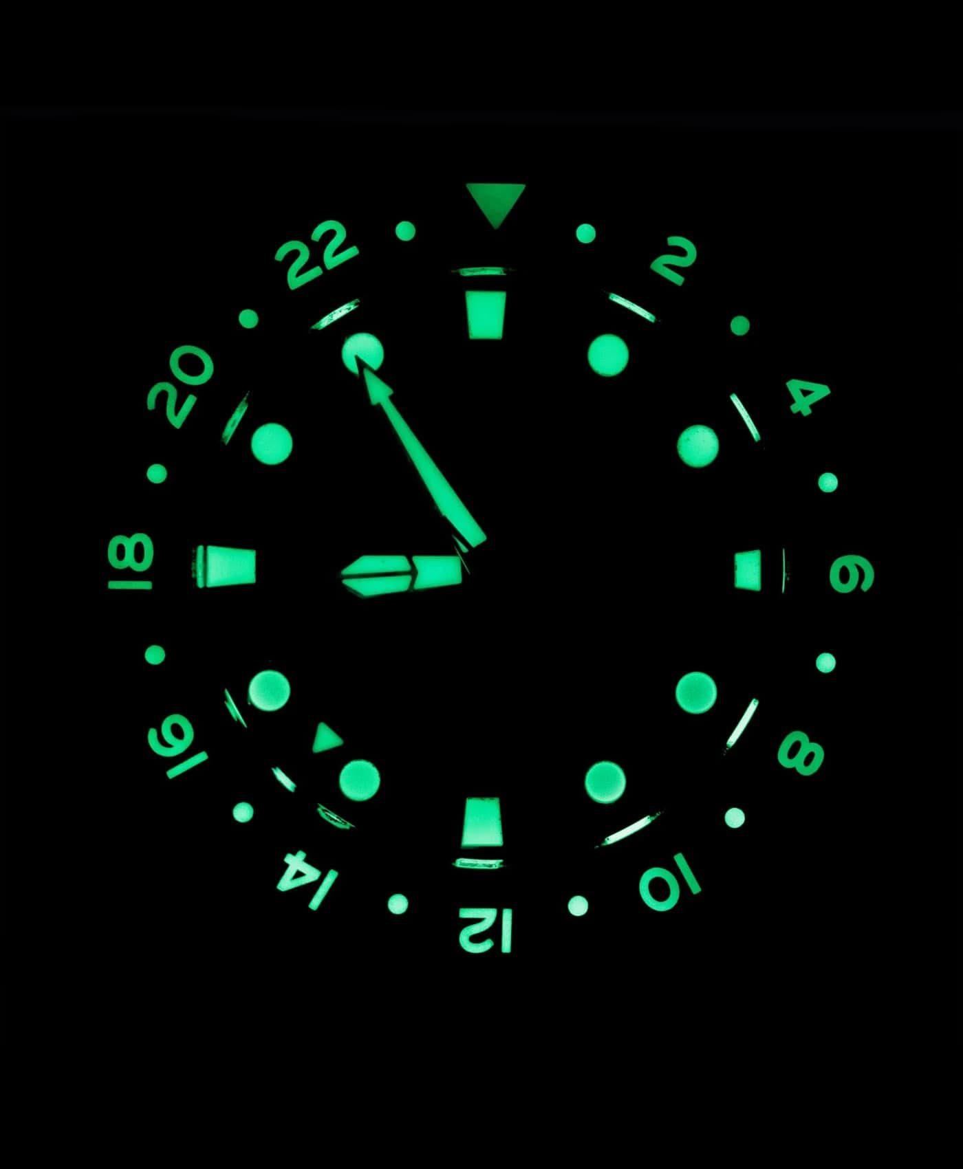 LJ-HH-GMT Le Jour Hammerhead GMT Lume shot