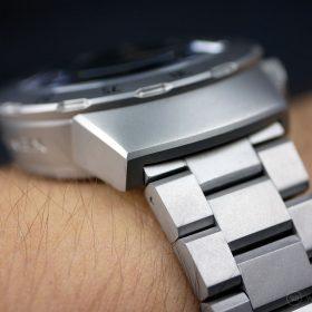 Draken Bengula Watch - lugs edges