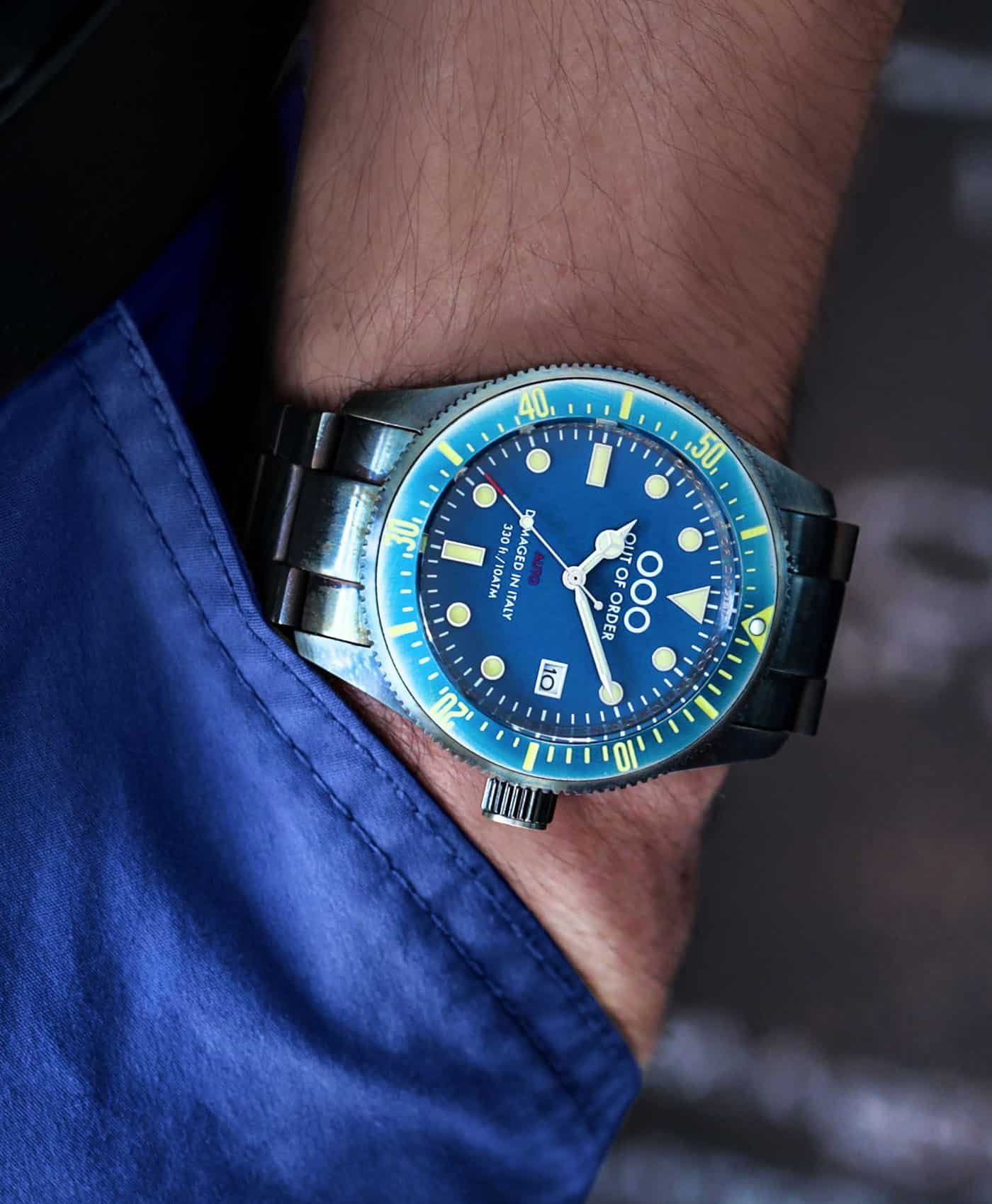Out Of Order watches-Auto 2.0 Blue_pocket shot