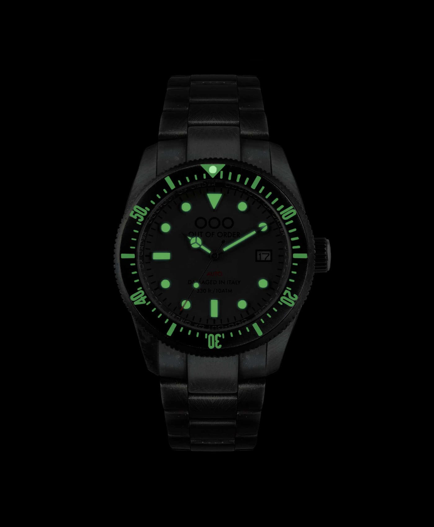 Out Of Order watches-Auto 2.0 black_lume shot