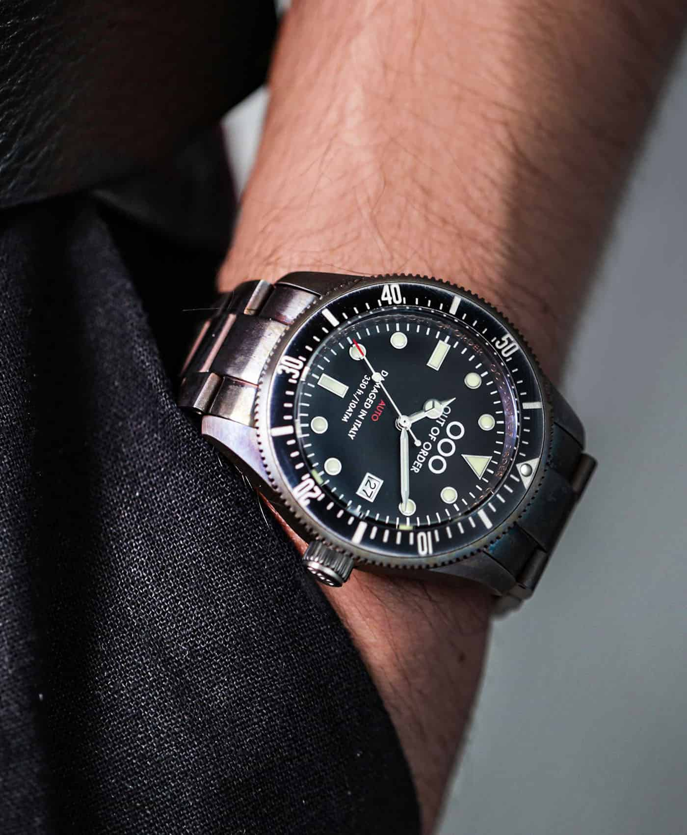 Out Of Order watches-Auto 2.0 Black_Pocket wrist shot