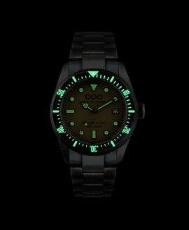 Out Of Order watches-Auto 2.0 Green_lume shot